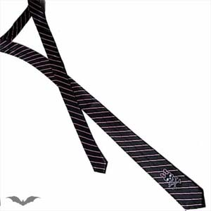 /images/Inventory/Gothic-Accessories/Goth-Ties/300/Black-Tie-With-Pink-Stripes-And-Girly-Skull.jpg